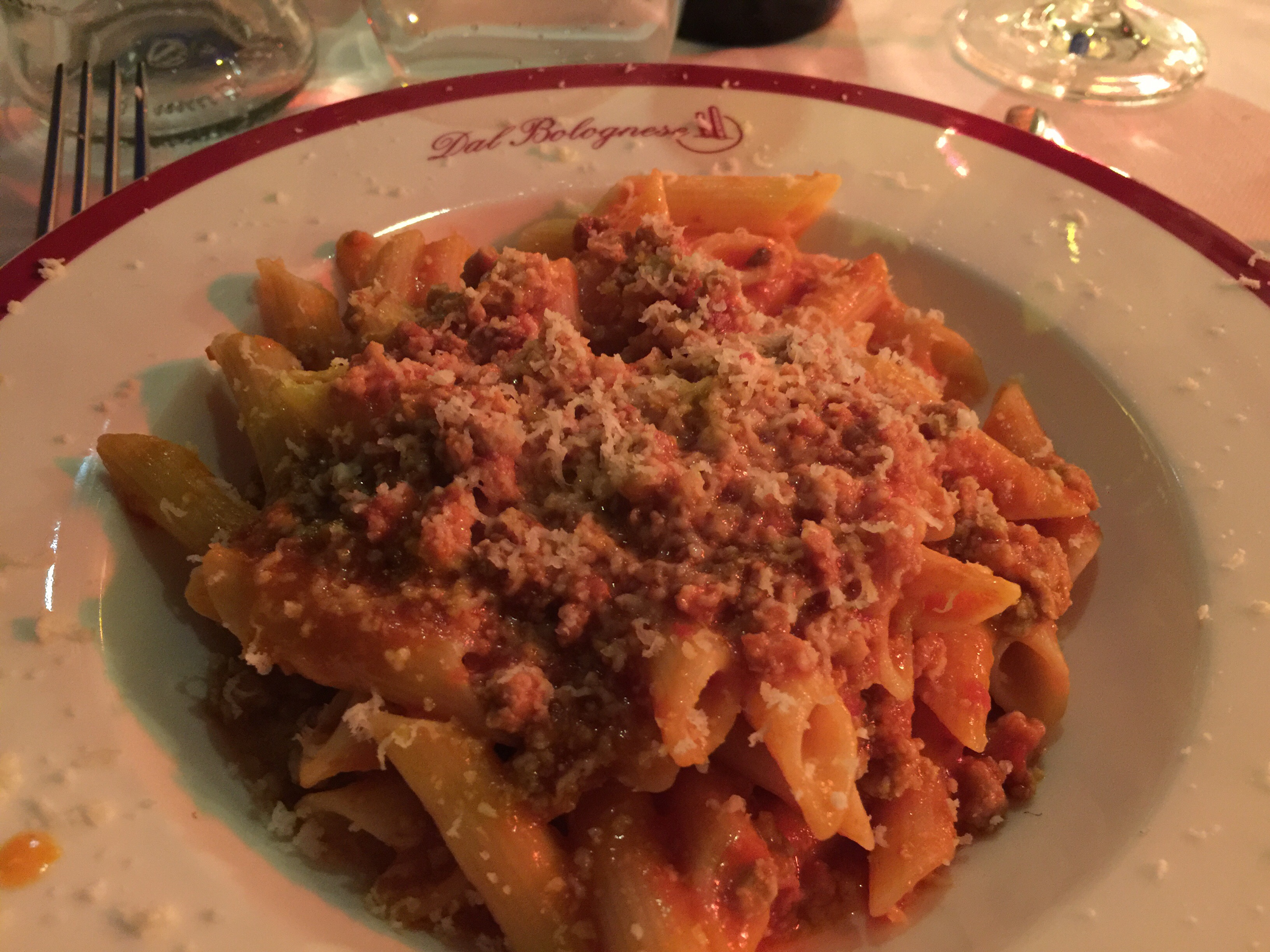 Italien är inte bara paradiset för matälskare, det är också paradiset för glutenintoleranta matälskare. Sedan ett par år är det lag på att italienska restauranger ska erbjuda glutenfria alternativ...